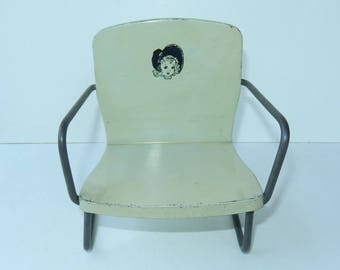 Adorable Vintage ~ Tin Doll Chair ~ Little Girl Or Doll Face With Bonnet Graphics ~
