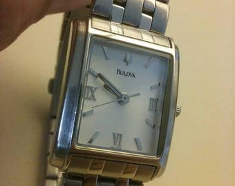 Bulova women's watch. ModelC869723 stainless beautiful. 15.00 works  A1
