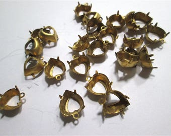 12 Brass Heart Cabochon Settings with Top Loop