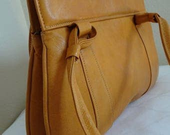 LOVELY Vintage 1960's Mustard Coloured EAST GERMAN Handbag - Never Used!!