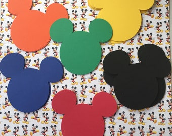 100 Mickey Mouse  heads
