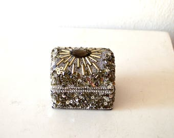 Vintage Silver Beaded Jewelry Box / Vintage Silver Squined Ring Box / Vintage Gray Silver Trinket Box / Antique Collector Trinket Box