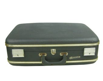 Vintage 1960 Gray Monarch Suitcase Luggage, Grey Medium Large Hard Shell Luggage, Grey Storage, Overnight Carry All, Wedding Photo Prop