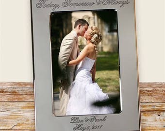 Personalized Frame, Engraved Couples Wedding Frame, Silver