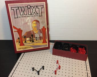 Twixt by 3M, 1962 - Retro 60s Bookshelf Strategy Game - Complete, Like New - Ages 8+, 2 Players