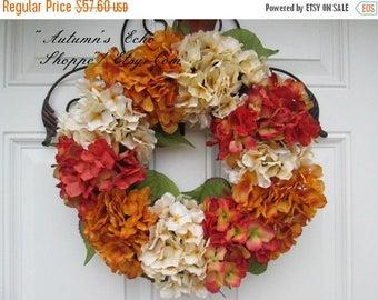 FALL HYDRANGEA WREATH ~ Fall Hued Floral Wreath ~ Rustic Seasonal Decor ~ Fall Door Wreath ~ Fall Season Wreath ~Farmhouse Style Fall Wreath