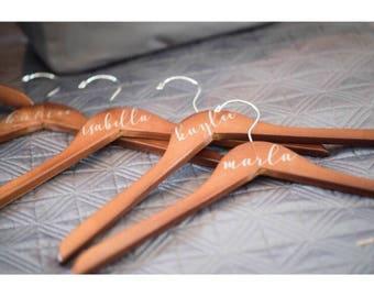 Set of 8 Wedding hanger, wedding hanger personalized, custom hanger, wedding dress, bridesmaid gift, custom made hanger,  wood hanger