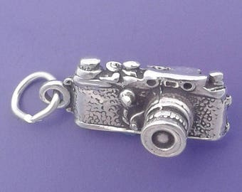 CAMERA Charm .925 Sterling Silver, 35mm, Photographer Pendant - lp1894