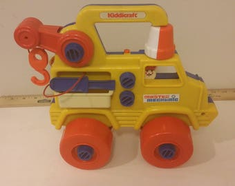 Kidiicraft Master Mechanic Toy Construction Tow Truck, 1980's