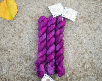 Sock Mini skeins - 75/25 Merino SW/Nylon - Fingering Weight 4ply - 20 grams - 85m/93yards - Orchid