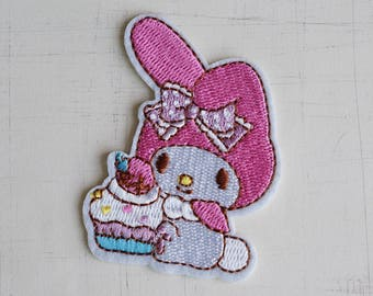 4.4 x 6.4 cm, My Melody with Cake Iron On Patch (P-259)