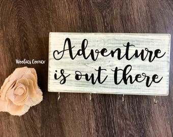 Adventure is out there key holder, Key holder for wall, Key holder rack, Key hook rack, Entryway key rack, Keyring holder, Adventure quotes