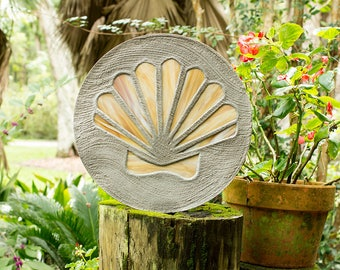 """Light Amber Scallop Shell Round Stained Glass Stepping Stone 18"""" Diameter Perfect for Your Garden, Patio, Back Yard Pool or Fish Pond #607"""