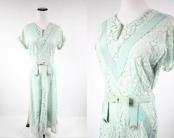 1940's Mint Green Floral Lace Short-sleeve Dress w/ Belt