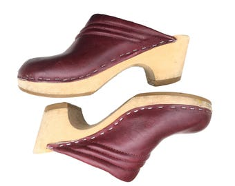 Vintage Maroon Red Burgundy Cordovan Wooden Leather Exterior Suede Interior Clogs Mules Women's US Size 7 EU Size 37.5