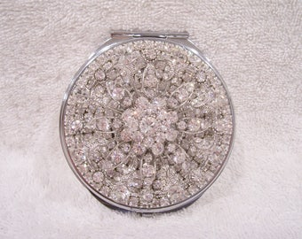 Rhinestone Compact Mirror. Birthday, Wedding Shower, Bridesmaid, Valentine, Mother's Day Gift!