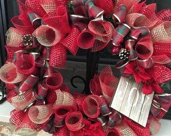 Traditional Chrismas Deco Mesh Wreath