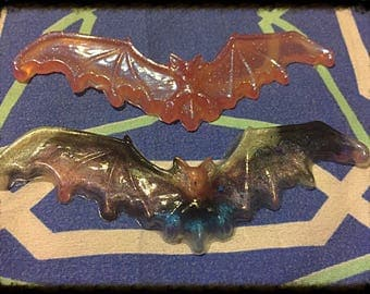 Large bat necklace (b grade)