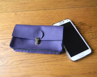 Purple clutch as wearable belt