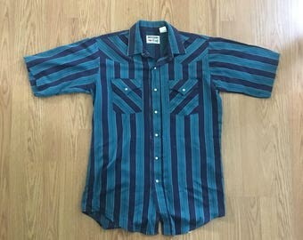 VTG Western Shirt - Medium Mens - Long Tail Shirt - Cowboy Shirt - Rockabilly - Vintage Clothing - Short Sleeve Button Up - Snap Buttons -
