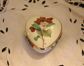 Vintage Palissey Royal Collection Rose Flower Trinket Box A Royal Worcester Company
