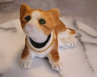 Vintage Bobble Head Nodder Fuzzy Striped cat with Chain