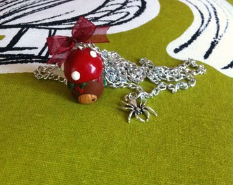 Necklace little House Elf and spider charm