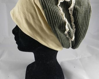 Bas060 - Green chemo hat and lace