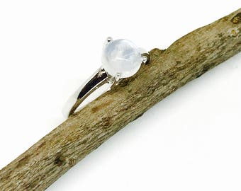 Rainbow moonstone ring set in Sterling silver 925. Size -7 1/2 and 61/2. Natural authentic rainbow moonstone .