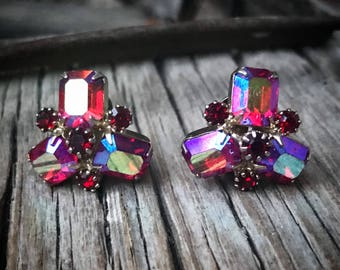 Vintage Fuchsia Aurora Borealis Weiss Earrings