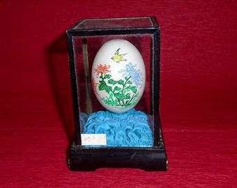 Chinese Vintage Hand Painted Ornamental Egg in Wooden Glass Case, Design of Yellow Bird & Flowers, From 1940s