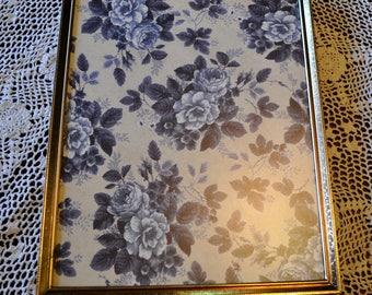 Vintage Gold Metal Picture Frame, 8 x 10 in. Burgendy Velvet Backing