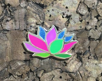 Lotus Glitter Hat Pin