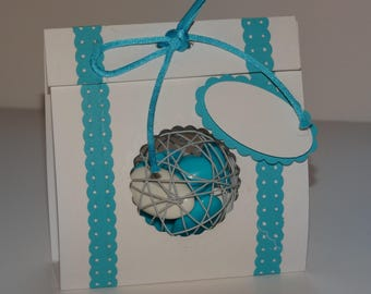 Light turquoise blue and white ball box