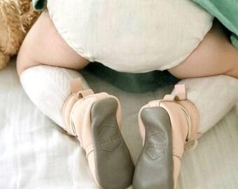 Baby bloomers, diaper cover,  cream linen