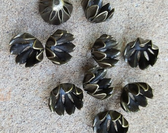 Brushed Antique Bronze Petal Flower Brass Bead Caps, Cadmium, Nickel and Lead Free, 16 x 11mm, Hole: 2mm - 10 Caps