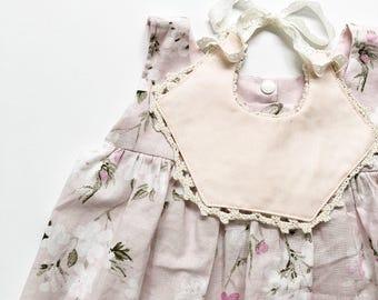 Floral Spring baby bib Lace baby bib Lace dribble bib white bib floral dribble bib newborn gift baby girl bib eyelet bib