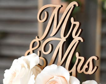 Cake topper for Mr & Mrs wedding cake
