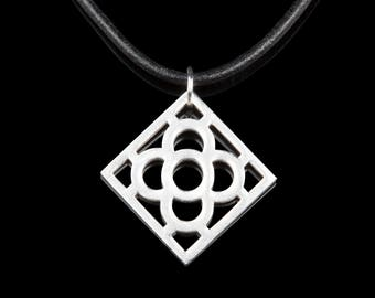 Barcelona Flower Necklace