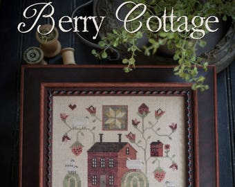 "PLUM STREET SAMPLERS ""Berry Cottage"" 
