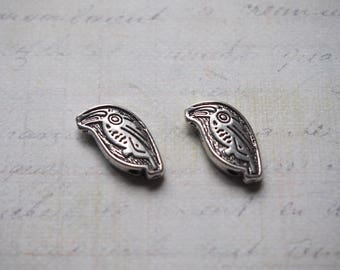2 beads engraved toucan silver-plated 18x13mm