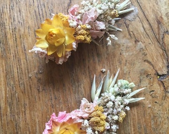 One Floral Hair Clip. Made in any Colour from Dried Flowers.  Festival Wedding Hair Piece, Bride, Bridesmaid, Flower Accessory, Grip, Pins