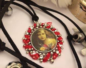 vintage portrait necklace