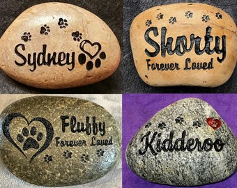 "WALKING PAWS 8"" (approx size) MEMORIAL Stone. Personalized with Name and 5 different Designs, Option to add a Date"