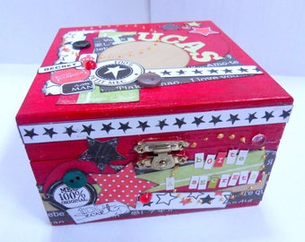 Secret box red with scrappee with stars for Lucas