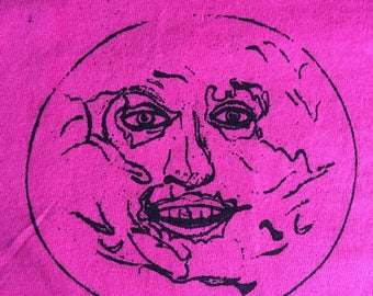 Mighty Boosh Moon Men's t shirt screen printed onto Fruit of Loom