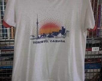 Vintage 1970S thin soft TORONTO CANADA t shirt medium/large