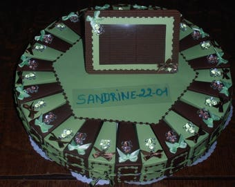 "30 cake boxes dragées ""cubs"" chocolate and lime green"