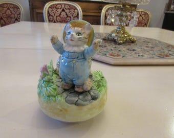 JAPAN SCHMID MUSICAL Beatrix Potter Figurine with Kittens