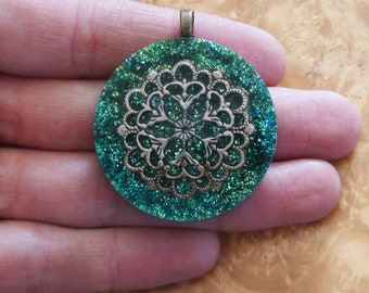 Turquoise Green Swirl Mermaid Meditation Mandala Fortune Luck Charm Anahata Crystal Ormus Soul-Antenna Orgone Energy Pendant Necklace 40mm